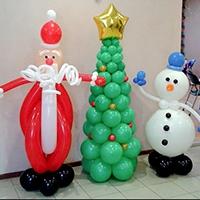 Новогоднее оформление воздушными шарами: заказывайте у нас по доступным ценам