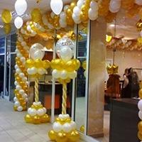 Оформление магазина воздушными шарами на открытие