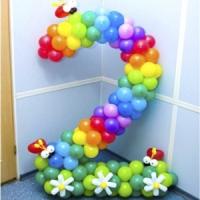 Цифра 2 из шариков