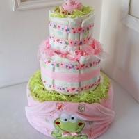 Купить торт на выписку из подгузников для девочки в Москве